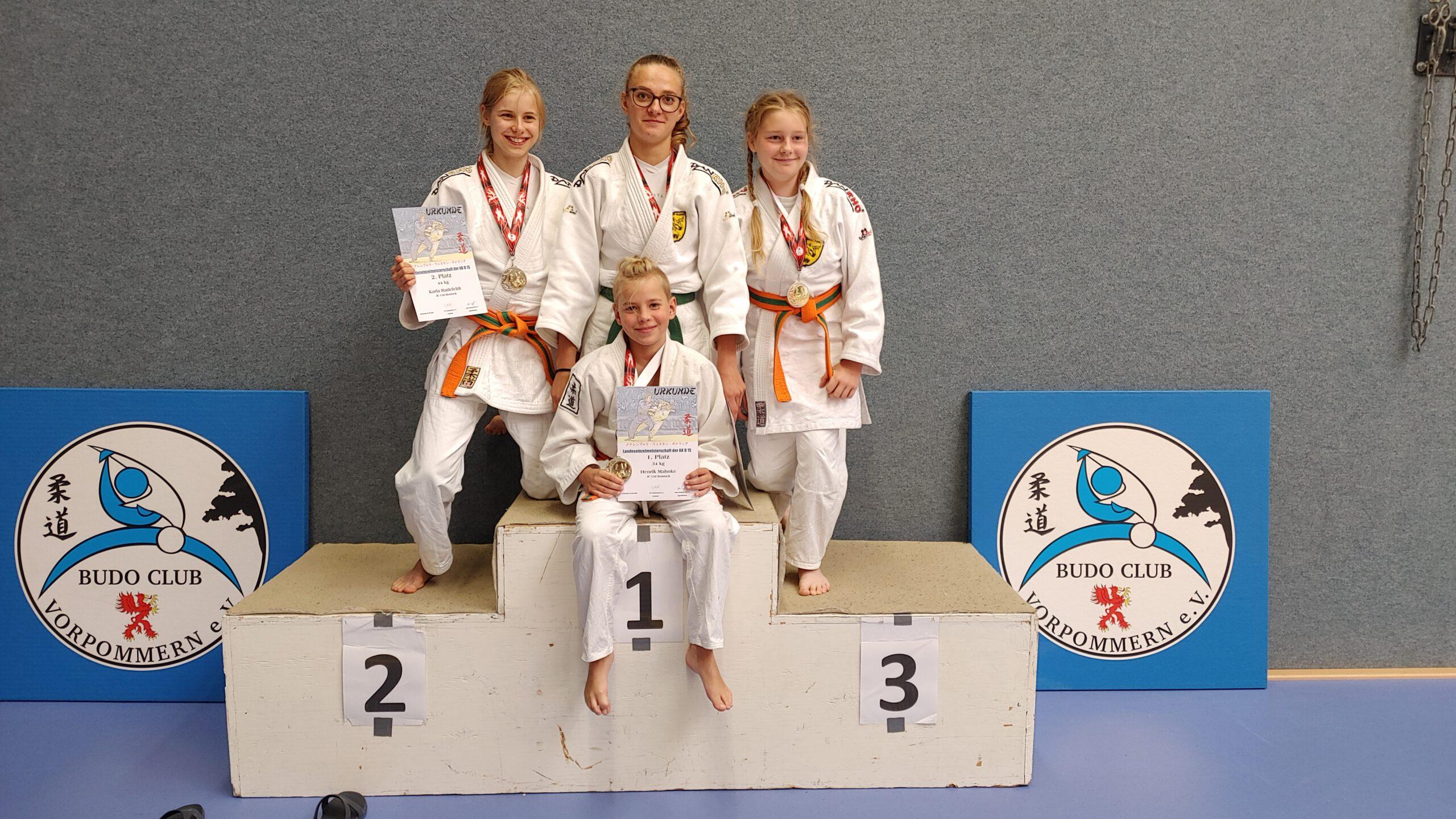 LEM U15 Greifswald 2021 Siegerehrung 6 Judogreifen - Judo Rostock